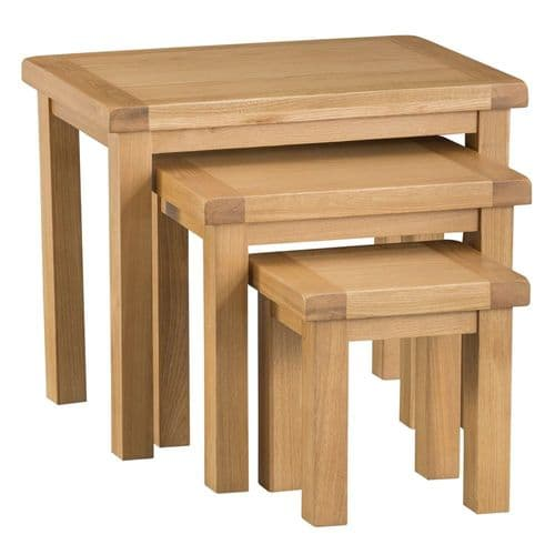 Oakham Country Nest of 3 Tables