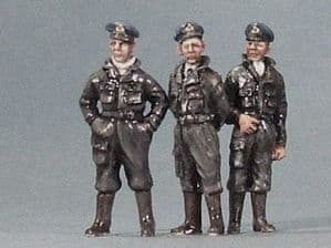 GM72018 Officers in Oilskin Suits