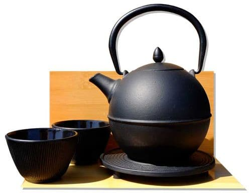 Cannon Ball trivet Bamboo Forest cups - Japanese style Tetsubin cast iron black tea pot kettle 0.7