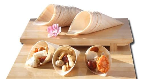 Bamboo Wood Cones x500 for party foods, snacks, nibbles, canapé 125X65mm