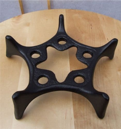 Trivet - Cast Iron Star shaped Trivet 170